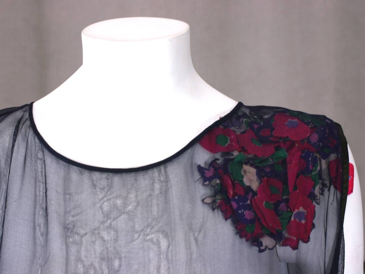 "Wonderful 1930s ""Hidden"" Bouquet Floral Evening Dress For Sale 1"
