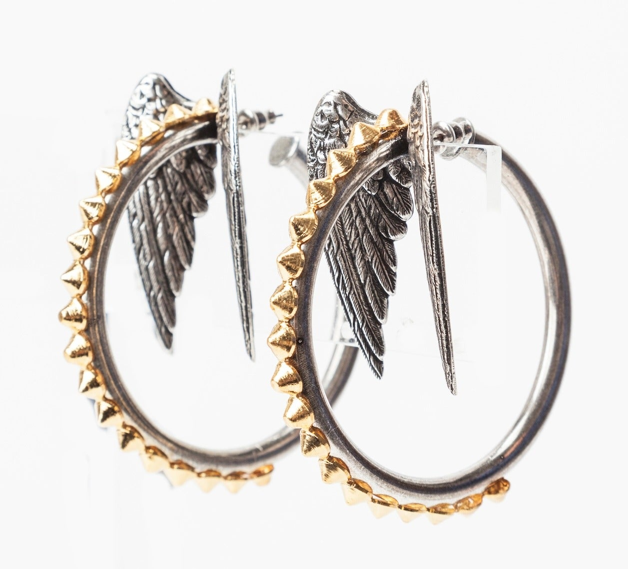 Winged Hoops, MWLC In As New Condition For Sale In Riverdale, NY