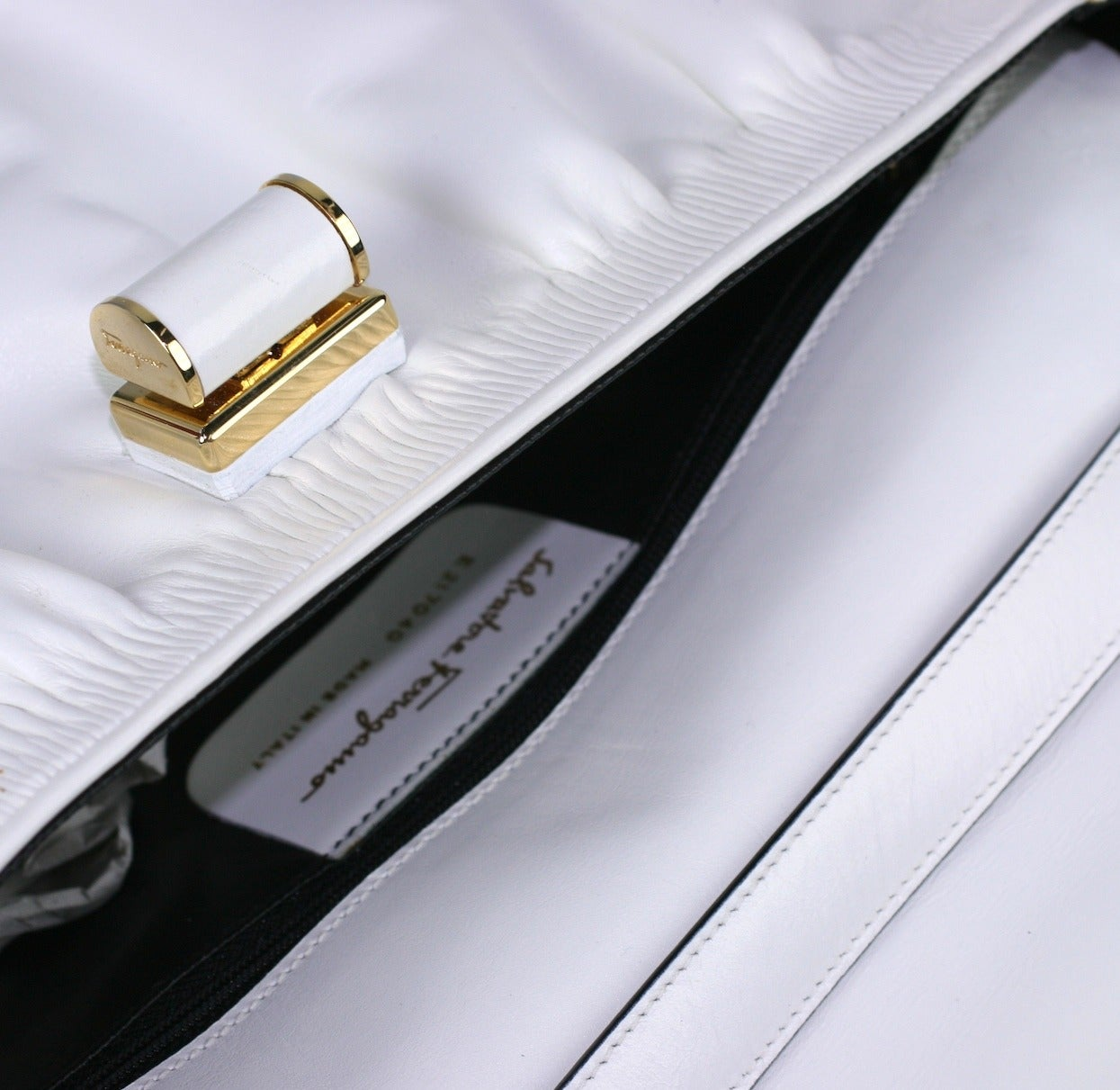 Women's Ferragamo White Calf Shoulder Bag For Sale