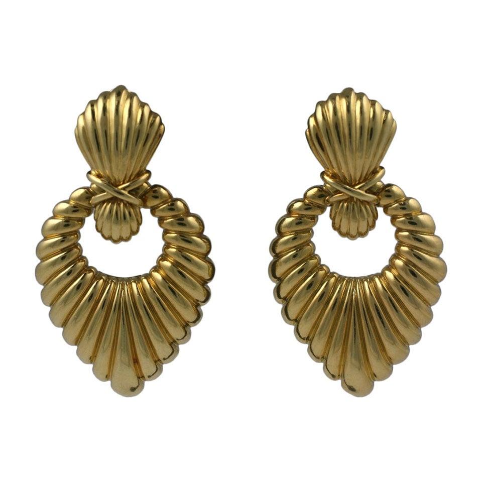 Hammerman Bros. Ribbed Gold Earrings 1