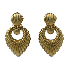 Hammerman Bros. Ribbed Gold Earrings