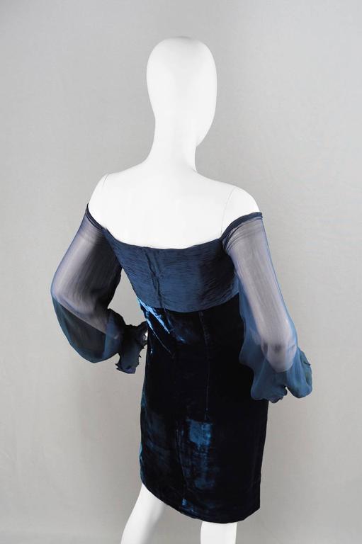 Valentino A/W 1991 Midnight Blue Velvet & Silk Chiffon Boutique Cocktail Dress For Sale 3