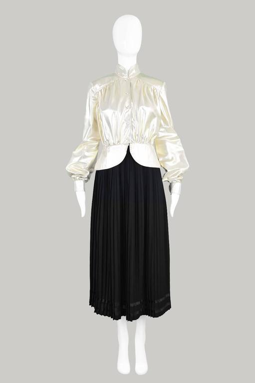 Yuki of London Metallic Pale Gold Lamé Jacket, 1970s 2