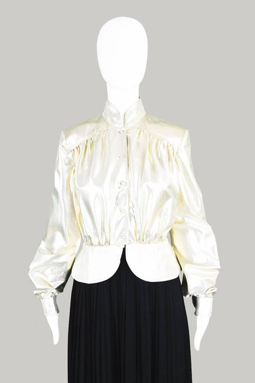Yuki of London Metallic Pale Gold Lamé Jacket, 1970s In Excellent Condition For Sale In Doncaster, South Yorkshire
