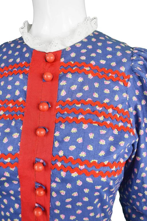 Mary Quant Blue & Red Peasant Dress with Ditsy Floral Print, 1970s 4