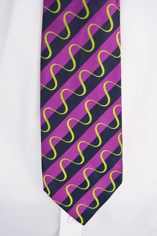Gray Paul Smith Purple Silk Embroidered Vintage Men's Tie For Sale