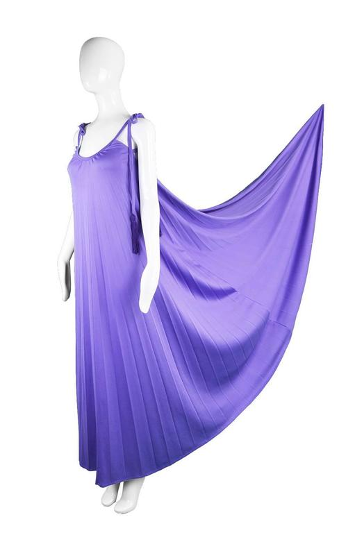 Frank Usher Purple Pleated Jersey Goddess Evening Gown, 1970s In Excellent Condition For Sale In Doncaster, South Yorkshire
