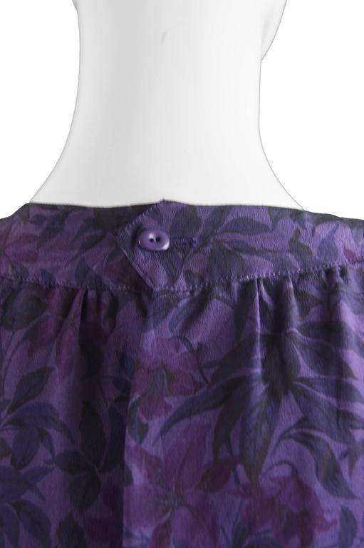 Hanae Mori Purple Vintage Hibiscus Print Simple Silk Shift Dress, 1980s For Sale 3