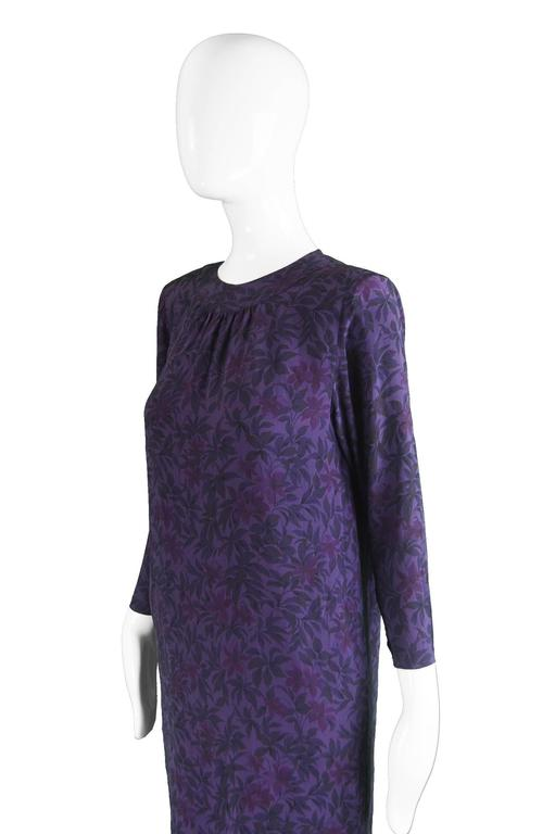 Hanae Mori Purple Vintage Hibiscus Print Simple Silk Shift Dress, 1980s For Sale 1
