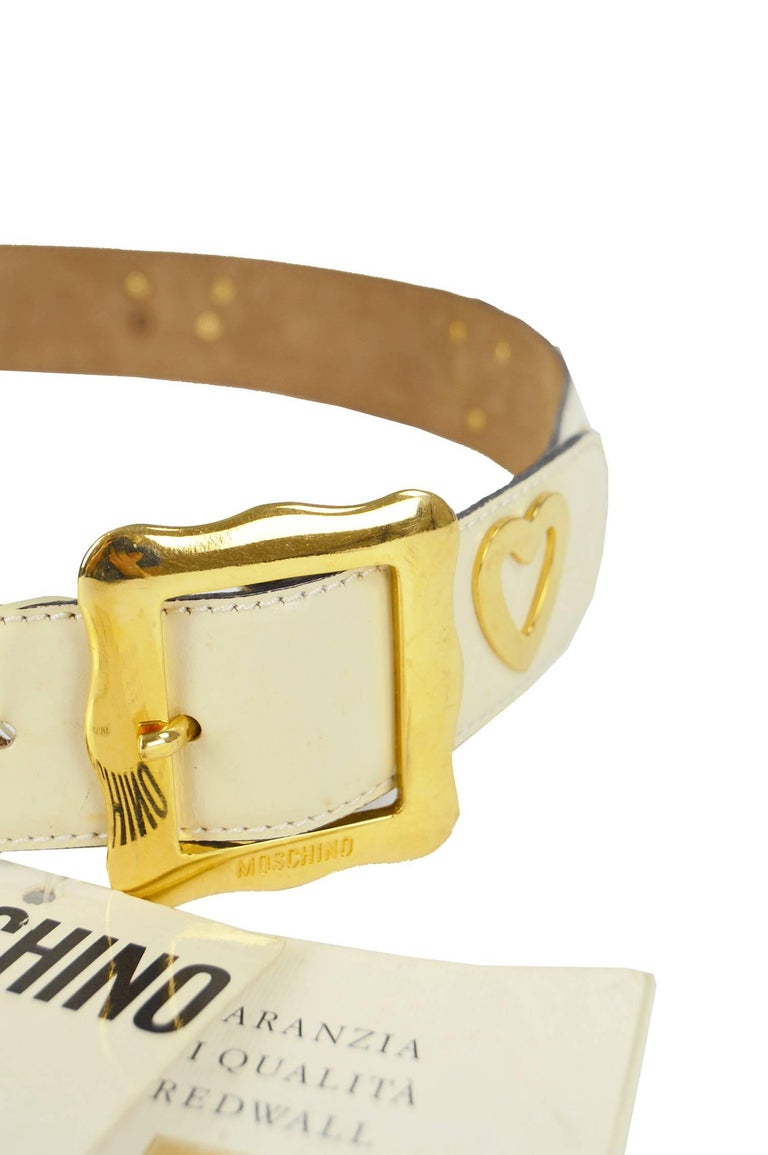 Moschino Vintage White & Gold Leather Belt with Cows & Hearts, 1980s NWT In Excellent Condition For Sale In Doncaster, South Yorkshire