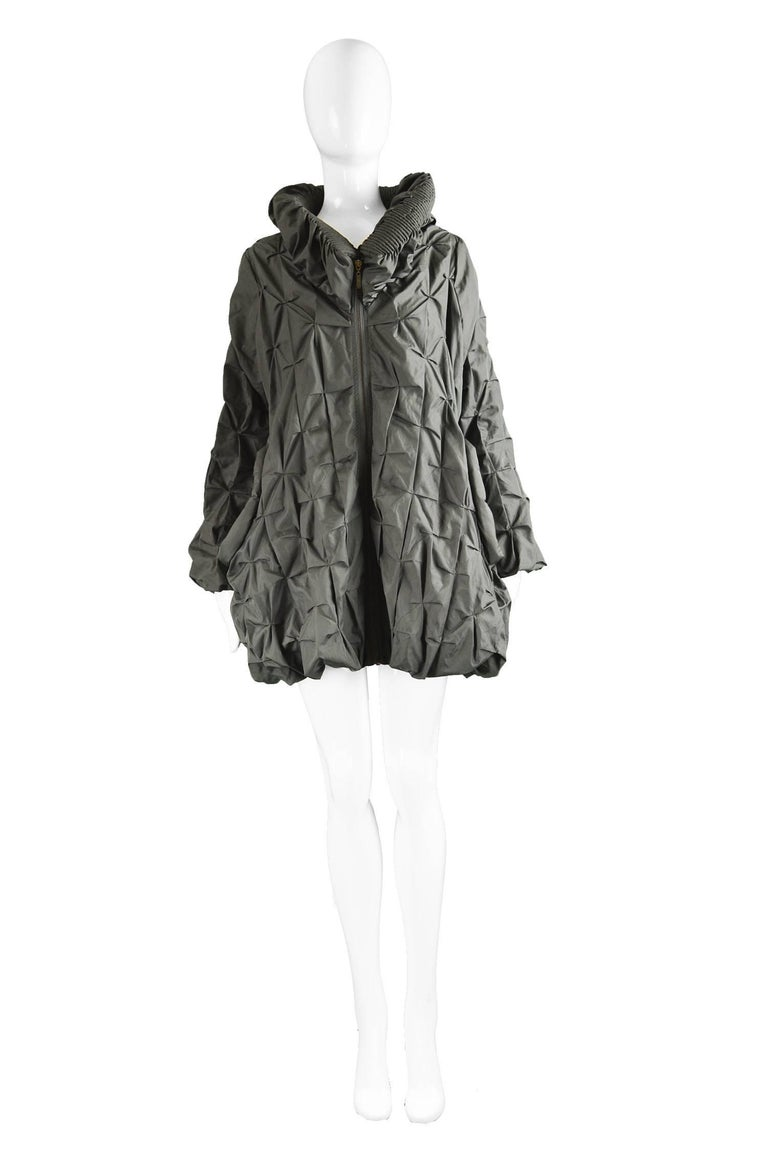 """Lanvin Avant Garde Grey Geometric Pleated Oversized Jacket, Spring 2008  Size: Marked a women's Large but it has a loose, swing fit so will suit smaller. Please check measurements.  Bust - up to 46"""" / 117cm Length (Shoulder to Hem) - 30"""" /"""