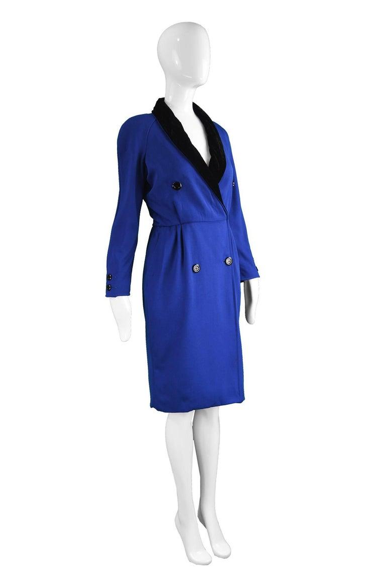 Valentino Vintage Blue Wool Dress with Black Velvet Shawl Collar, 1980s For Sale 1