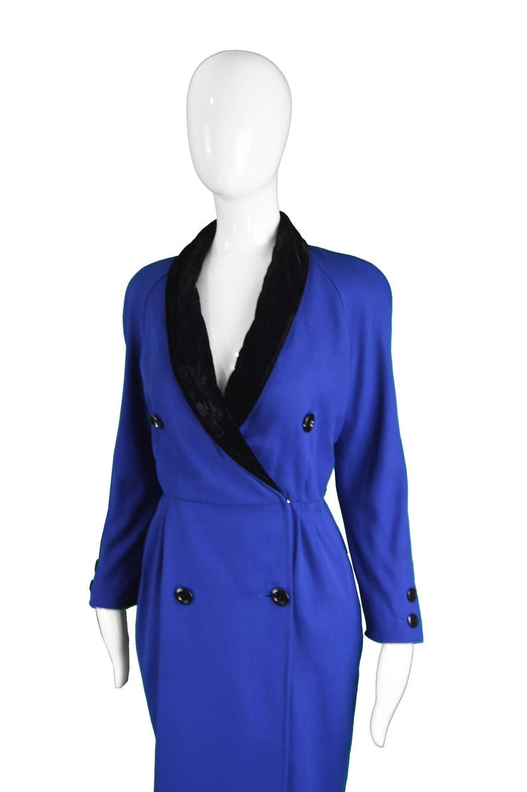 Valentino Vintage Blue Wool Dress with Black Velvet Shawl Collar, 1980s In Excellent Condition For Sale In Doncaster, South Yorkshire