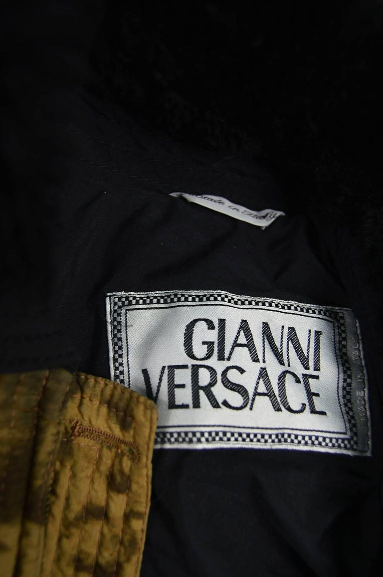 Gianni Versace Men's Quilted Puffer Coat with Shearling Collar, c. 1992 For Sale 5