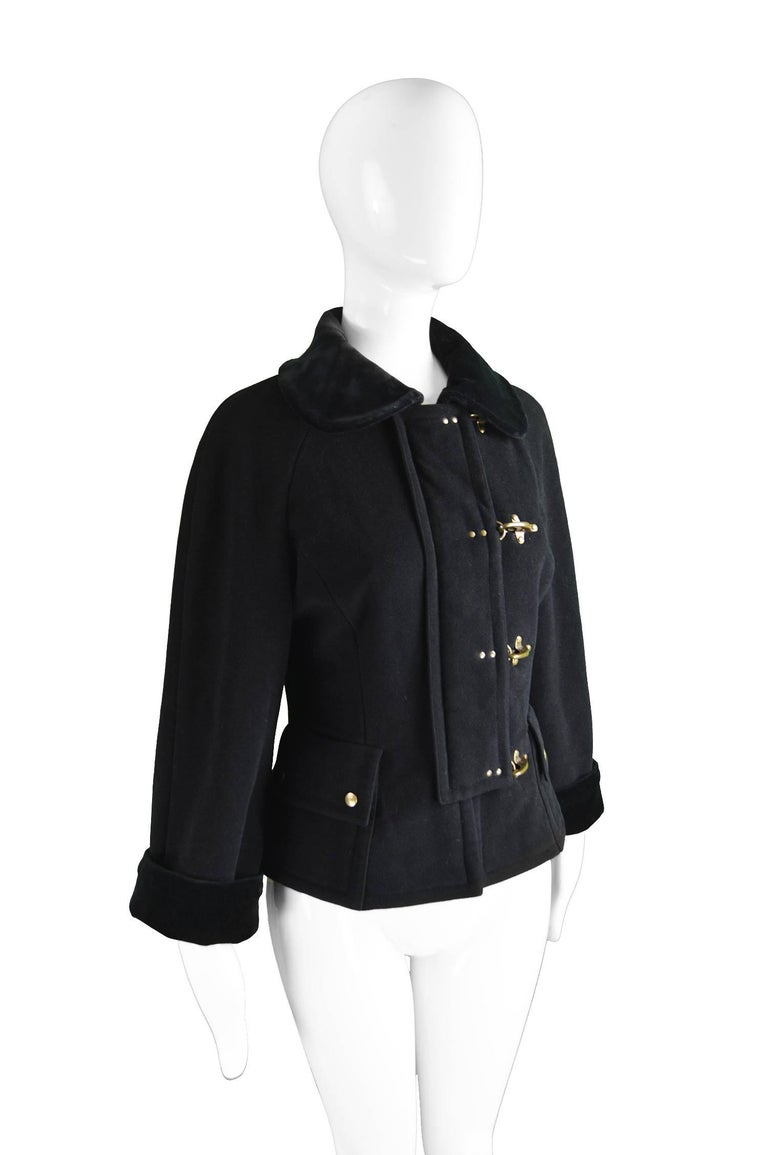 Women's Moschino Vintage Black Wool Cashmere & Velvet Clip Buckle Detail Jacket, 1990s For Sale