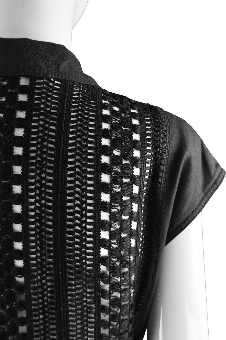 Genny Black Linen Vintage Shift Dress with Sheer Open Crochet Back, 1990s For Sale 3