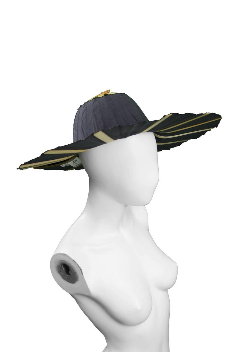 Black Heather Allan Architectural Folding Wood and Cotton Fan Sun Hat, 1990s For Sale