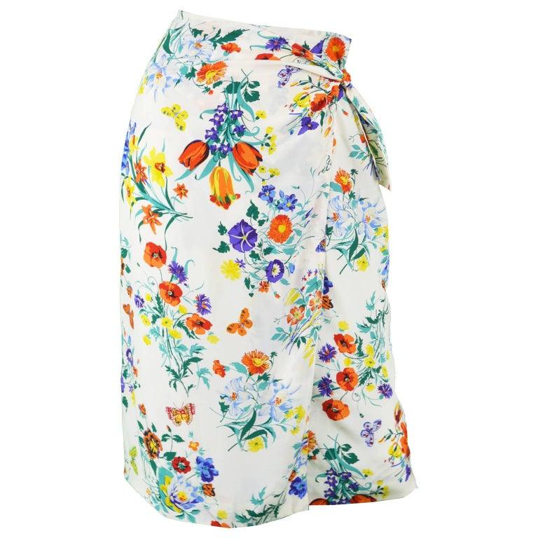310c6f6d3c Gucci Vintage White Silk Floral Print Sarong Wrap Skirt, 1980s For Sale