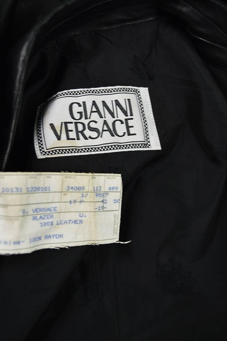 Gianni Versace Vintage Men's Leather Chain Embroidered Blazer Jacket, 1990s For Sale 5