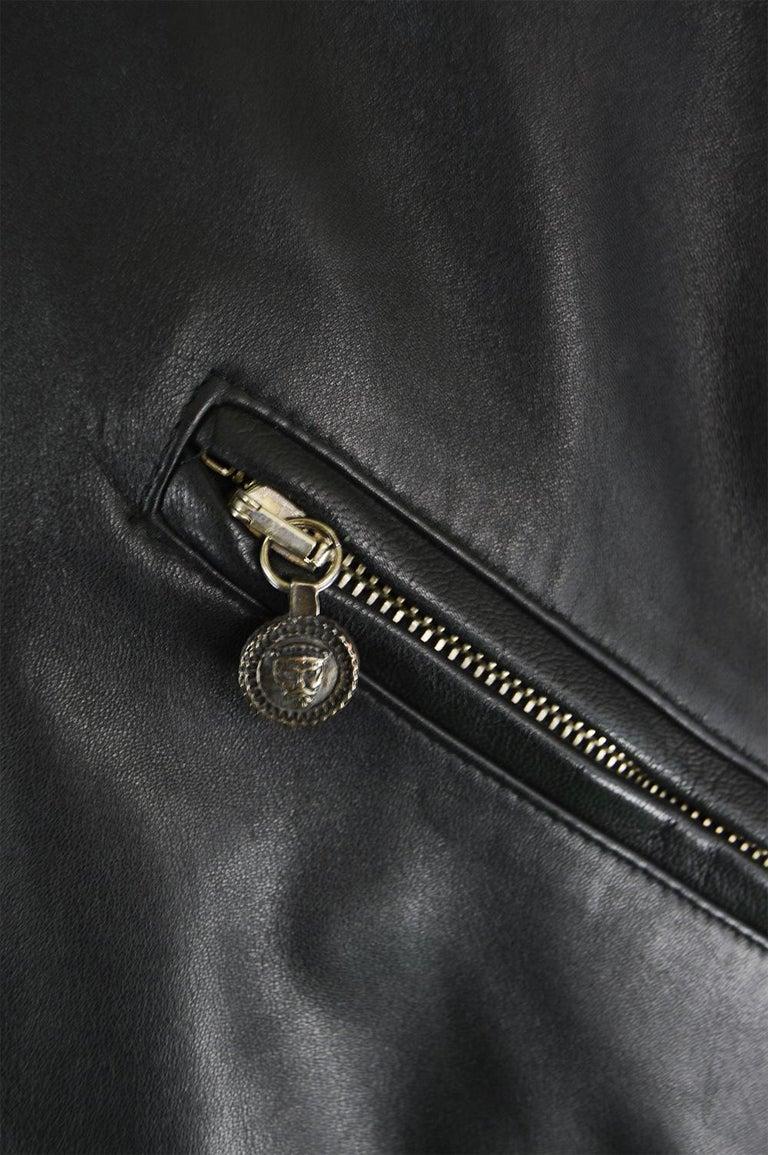 Gianni Versace Istante Men's Leather & Shearling Zeus Head Duffel Coat, 1990s For Sale 3