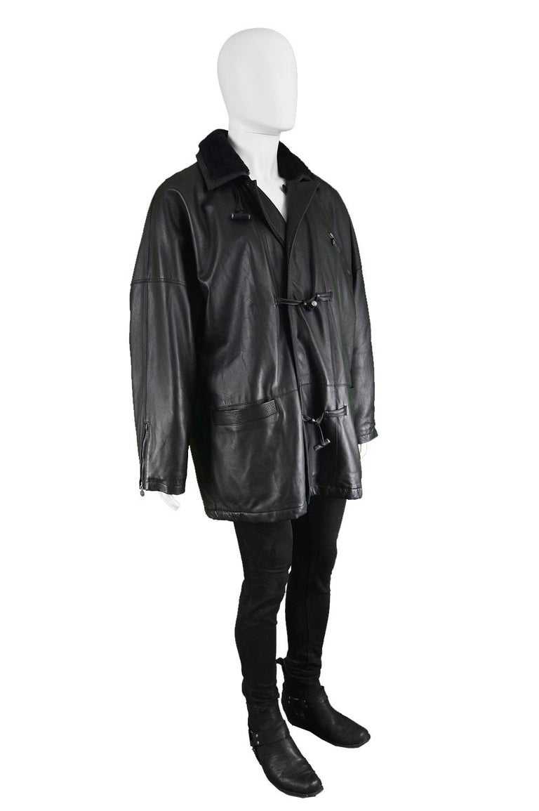 Gianni Versace Istante Men's Leather & Shearling Zeus Head Duffel Coat, 1990s In Excellent Condition For Sale In Doncaster, South Yorkshire