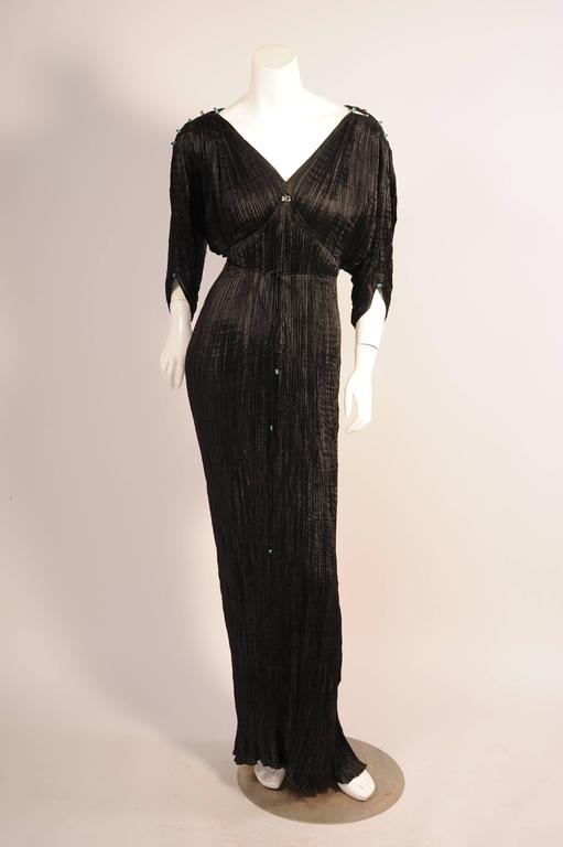 Mariano Fortuny Rare Early Black Silk Delphos with Narrow Cord Bodice Wrap For Sale 2