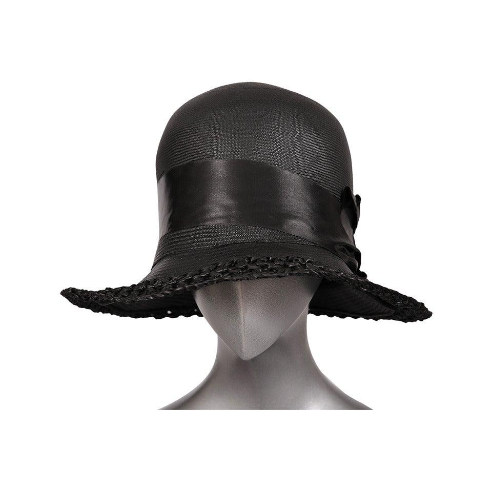 1920's Le Chapeau Chic, Bonwit Teller Black Straw Cloche For Sale