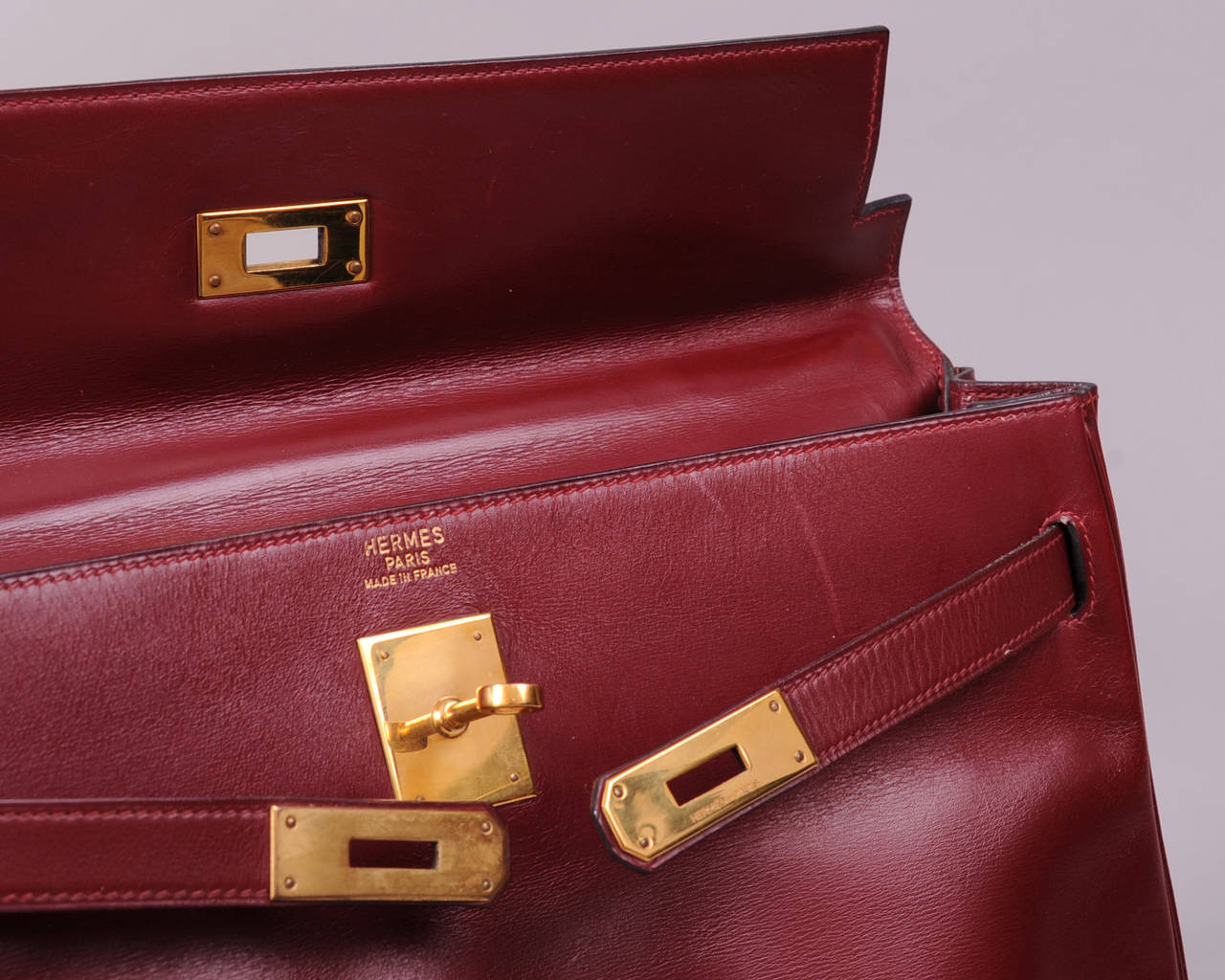 Hermes Vintage Burgundy Kelly Bag, 35cm For Sale at 1stdibs