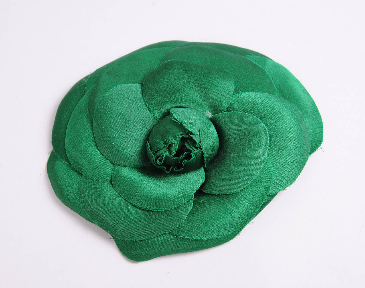 Chanel Oversized Green Silk Camellia Pin 2
