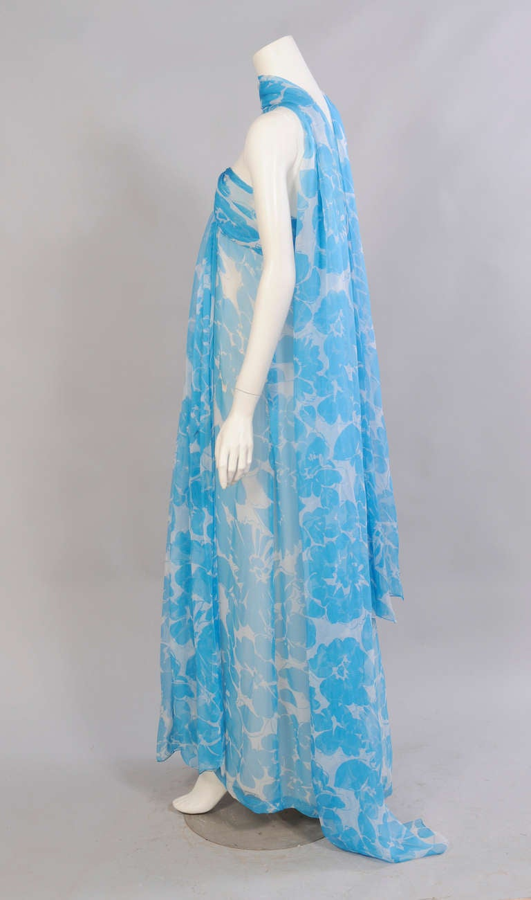 Givenchy Haute Couture Blue and White Strapless Silk Chiffon Dress and Shawl In Excellent Condition For Sale In New Hope, PA