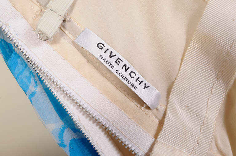 Givenchy Haute Couture Blue and White Strapless Silk Chiffon Dress and Shawl For Sale 2