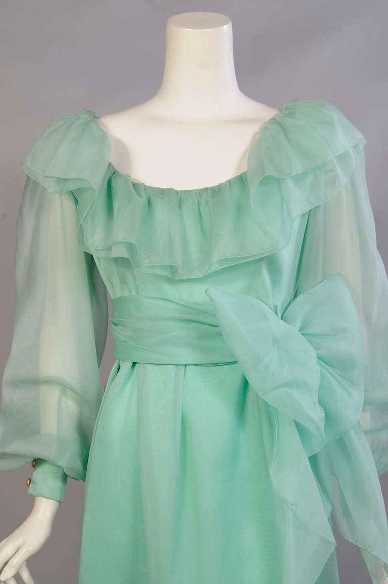Givenchy Haute Couture Aquamarine Silk Organza Evening Dress In Excellent Condition For Sale In New Hope, PA