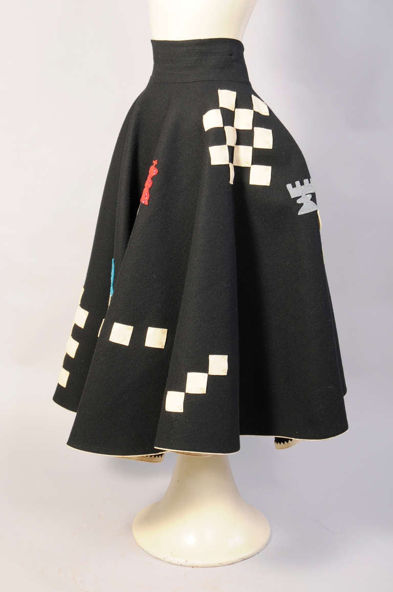 Juli Lynne Charlot Chess Game 1950's Felt Skirt In Excellent Condition For Sale In New Hope, PA