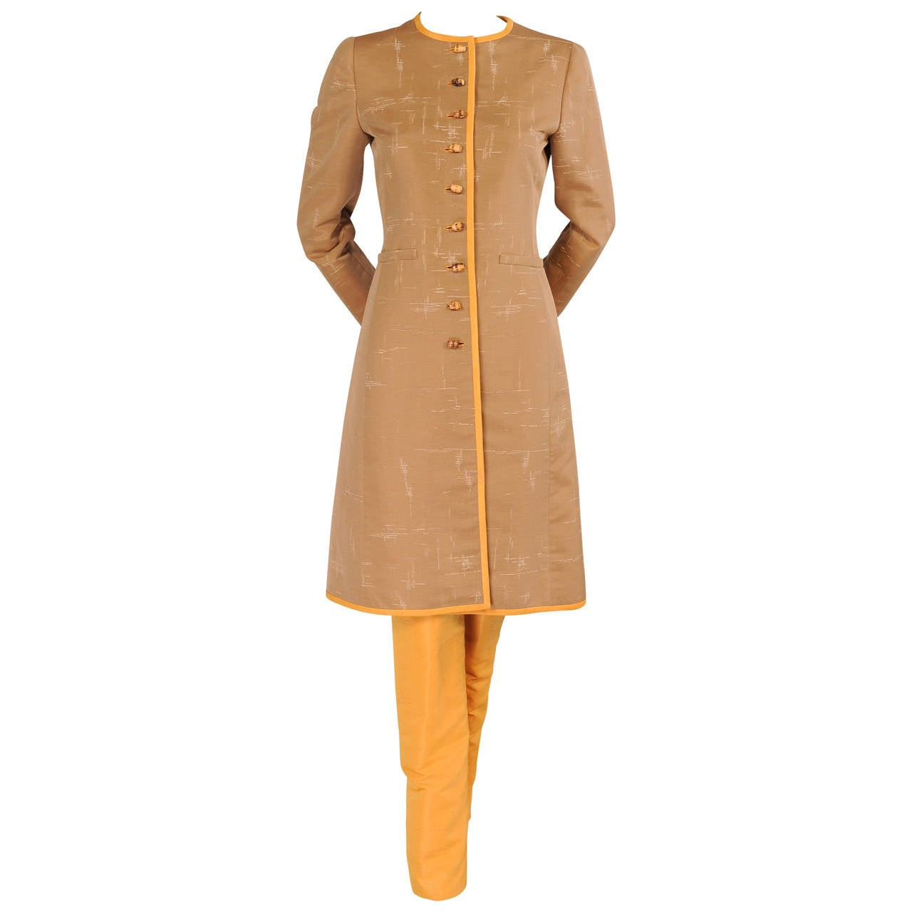 Oscar de la Renta Slim Coat & Pants Ensemble in Tan and Saffron Silk For Sale