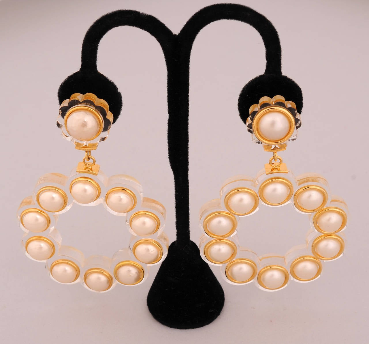Chanel Runway Worn Lucite And Pearl Earrings For Sale At. Matil Chains. English Chains. Brass Plated Chains. Guy Italian Chains. 1k Gold Chains. Svg Chains. Braslate Gold Chains. Boys Over Flower Chains