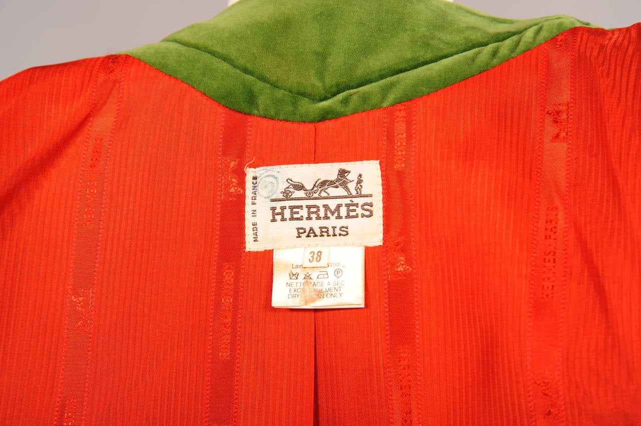 Hermes Velvet Trimmed Green Wool Tweed Jacket In Excellent Condition For Sale In New Hope, PA