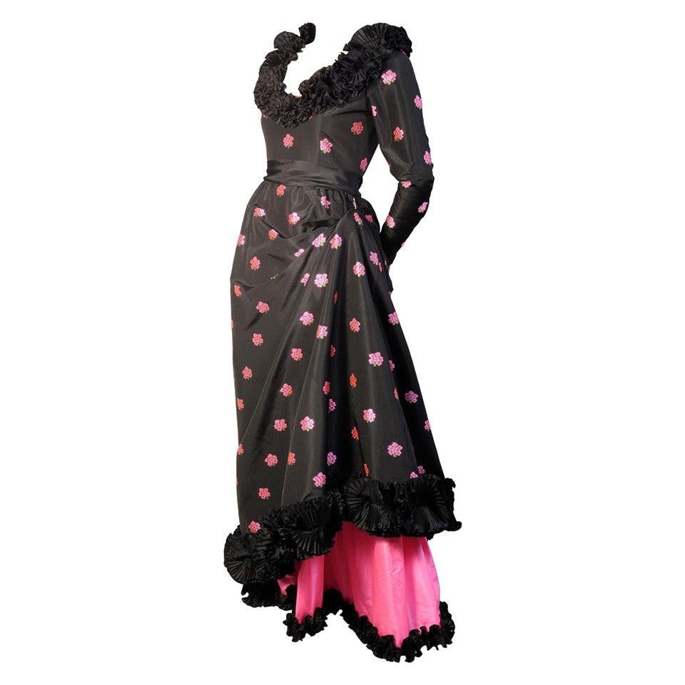 1972 yves saint laurent haute couture gown museum de for Haute couture dress price