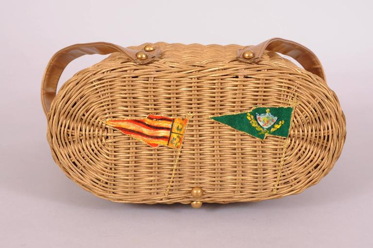 1950's Midas of Miami Gold Wicker Purse, American and Cuban Flags In Excellent Condition For Sale In New Hope, PA