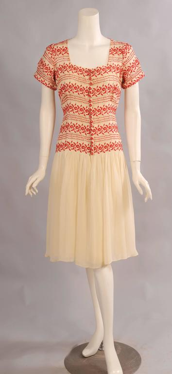 1930's Vintage Red and Cream Embroidered Dress 2