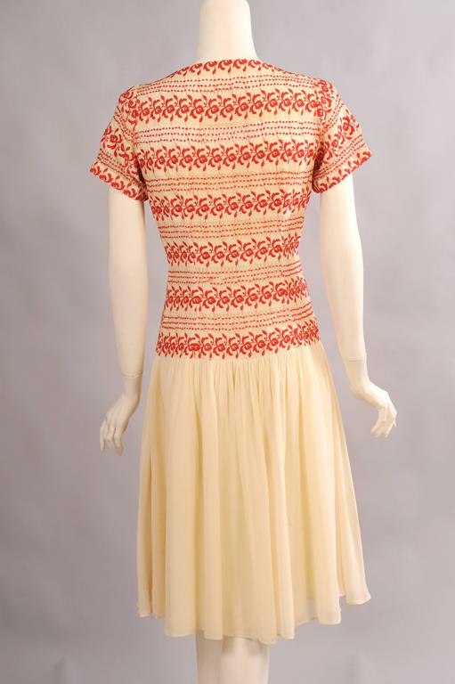 1930's Vintage Red and Cream Embroidered Dress 4