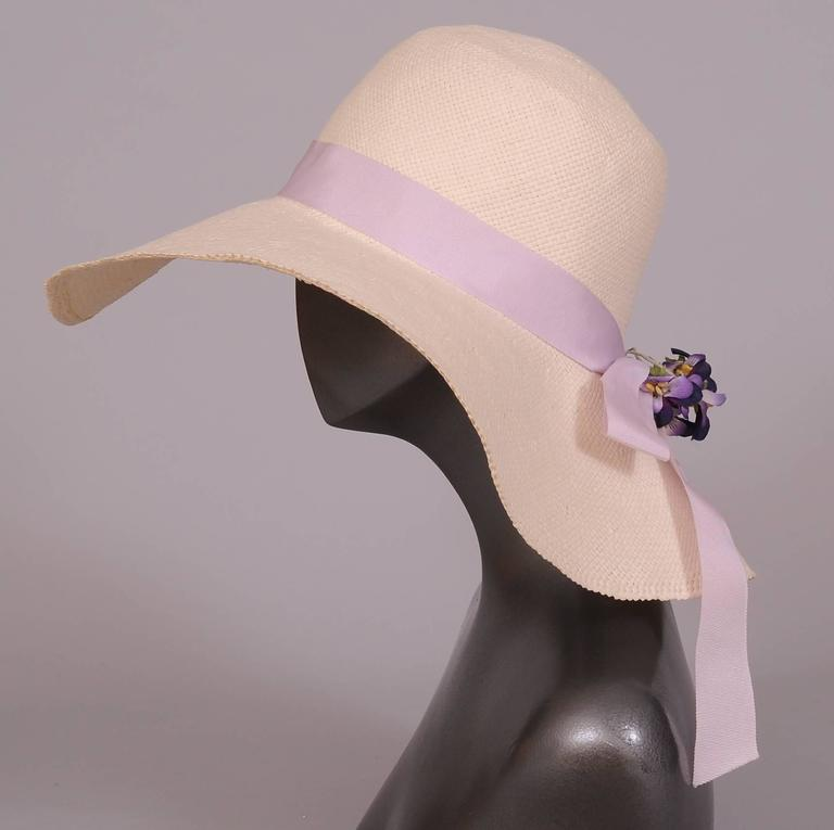Wathne White Straw Hat with Violets In Excellent Condition For Sale In New Hope, PA