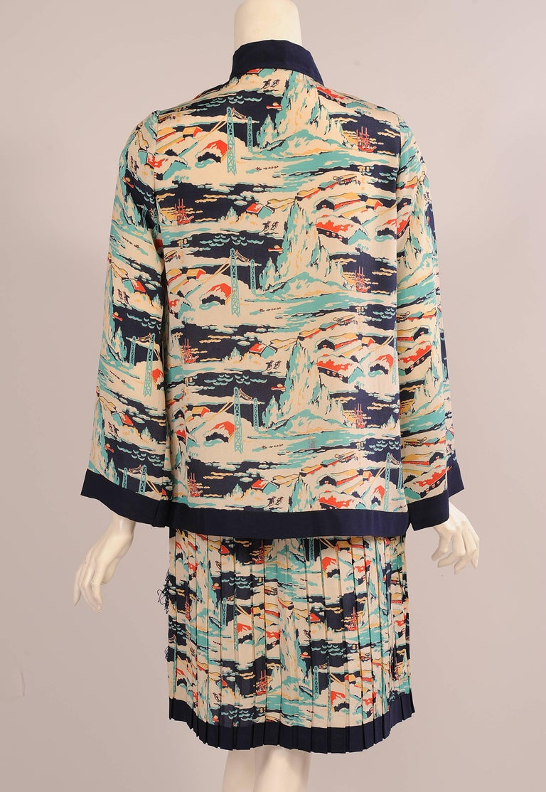 Mallinson's National Park Series Glacier Bay Alaska Pattern Dress, 1920s  In Excellent Condition For Sale In New Hope, PA
