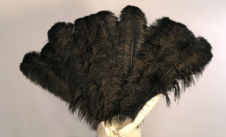 Patrick Kelly Atelier Ovesized Lucite and Black Ostrich Feather Fans Runway 1989 In Excellent Condition For Sale In New Hope, PA