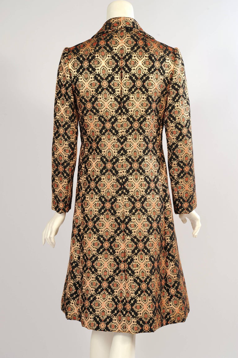 Malcolm Starr Woven Black Peach Coral and Gold Lame Coat, 1960s  In Excellent Condition For Sale In New Hope, PA