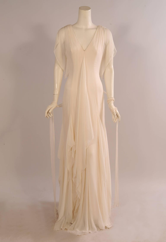 Carolina Herrera Ivory Silk Georgette Evening Gown Wedding Dress ...