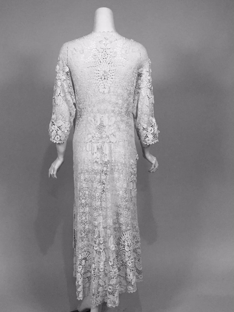 Irish Lace Hand Made White Coat or Dress, Early 20th Century For Sale 3