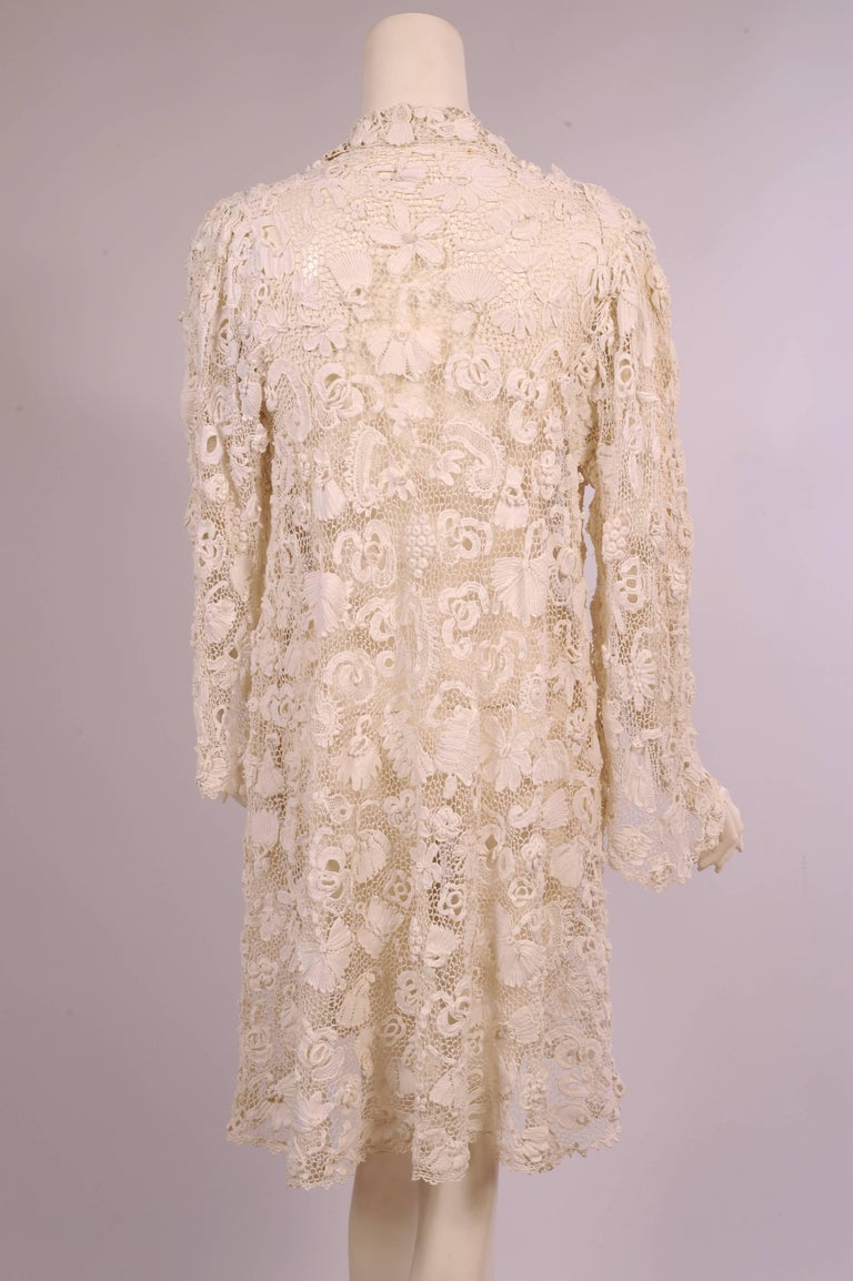 Irish Completely Hand Made Lace Coat, Circa 1910 In Excellent Condition For Sale In New Hope, PA