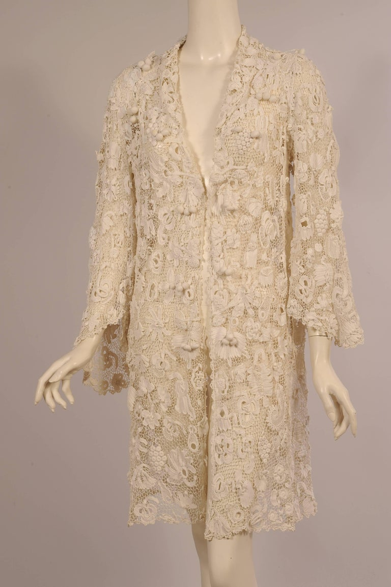 Irish Completely Hand Made Lace Coat, Circa 1910 For Sale 5
