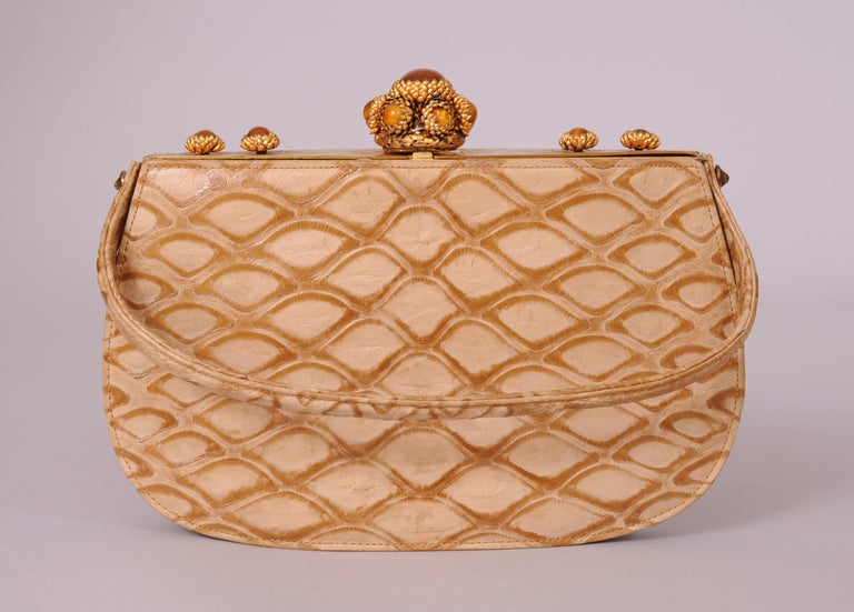 Koret Made in France Cabochon Jewel Topped Beige Skin Evening Bag  In Excellent Condition For Sale In New Hope, PA