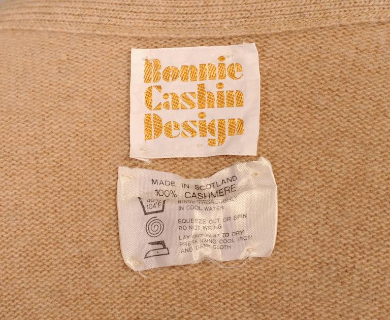 Bonnie Cashin Scottish Cashmere Cardigan Sweater In Excellent Condition For Sale In New Hope, PA